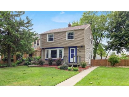 152 E Gauer Cir  Milwaukee, WI MLS# 1702840