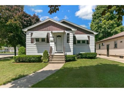2422 26th St  Kenosha, WI MLS# 1702845