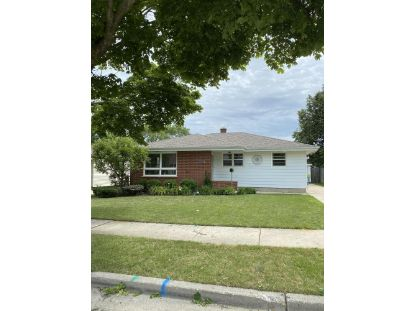 6321 48th Ave  Kenosha, WI MLS# 1702889