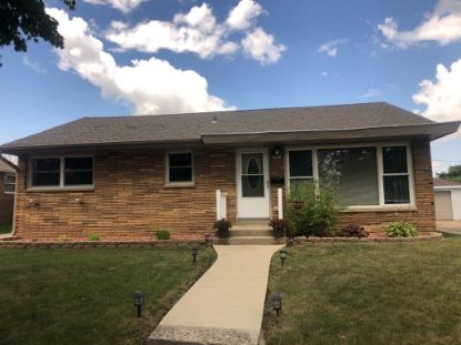6232 W Kinnickinnic River Pkwy  Milwaukee, WI MLS# 1702930