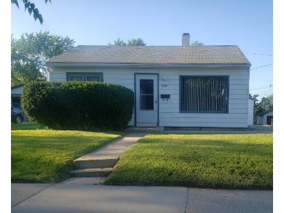 6100 W Holt Ave.  Milwaukee, WI MLS# 1702984