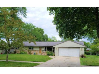 537 S 17th Ave  West Bend, WI MLS# 1703011