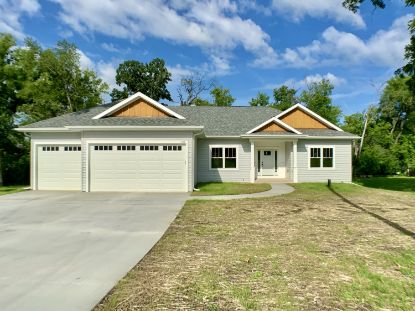 4114 Sunset Rd  Waterford, WI MLS# 1703042