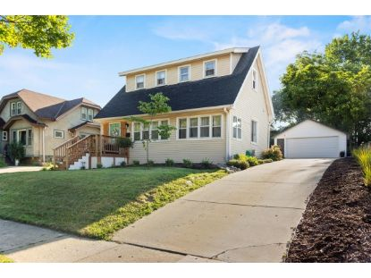 528 N 62nd St  Wauwatosa, WI MLS# 1703286