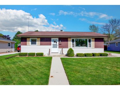 3027 S 20th St  Sheboygan, WI MLS# 1703499