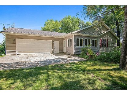 13231 Lakeshore Rd  Two Rivers, WI MLS# 1703952