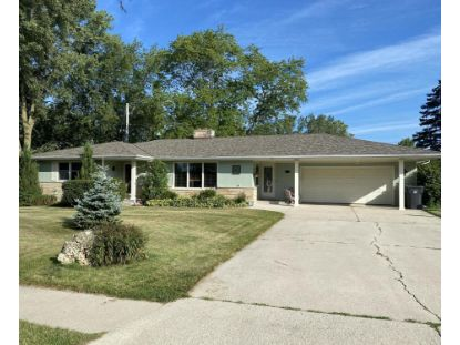 206 Regal Dr  Fredonia, WI MLS# 1704753