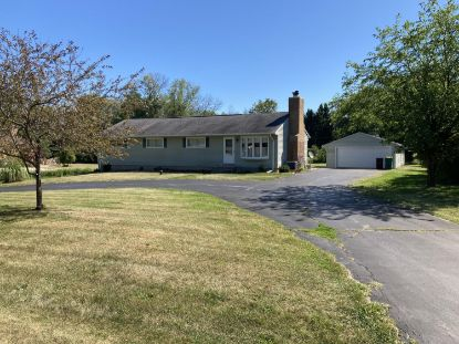 11334 N Valley Dr  Mequon, WI MLS# 1705045