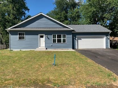 W1426 Highland Blvd  Genoa City, WI MLS# 1705098