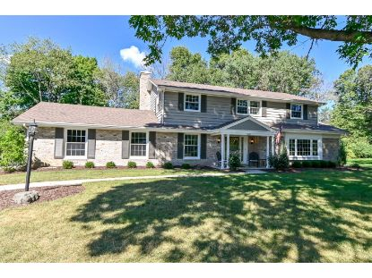 9601 N Courtland Dr  Mequon, WI MLS# 1705417