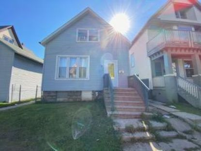 1534 S 10th St  Milwaukee, WI MLS# 1705565