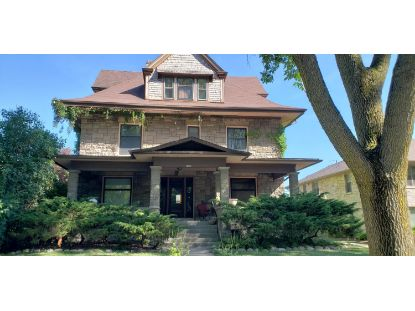 2386 N Terrace Ave  Milwaukee, WI MLS# 1706024
