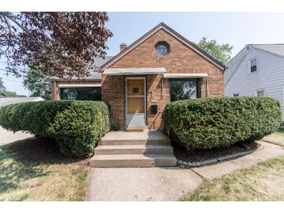5532 N 11th St  Milwaukee, WI MLS# 1706536