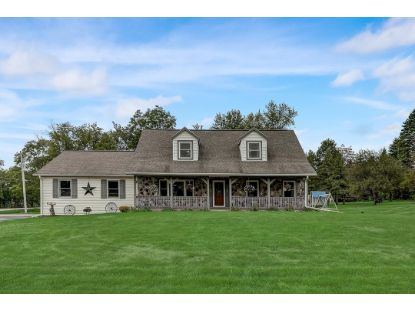 W225N8027 Rolling Hills Dr  Sussex, WI MLS# 1707073