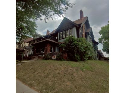 3611 W Highland Blvd  Milwaukee, WI MLS# 1707223