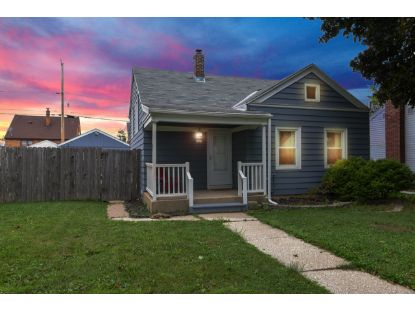 3223 S 22nd St  Milwaukee, WI MLS# 1707359