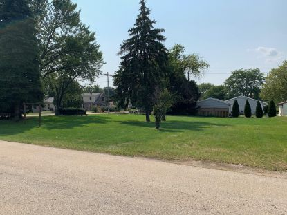 9000 W Plainfield Ave  Greenfield, WI MLS# 1707466