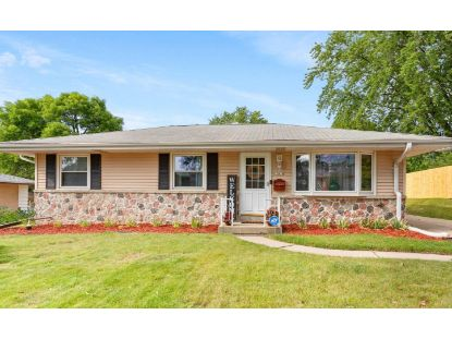 10818 W Harvest Ln  Milwaukee, WI MLS# 1707679