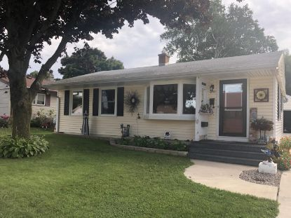 2713 Lincoln Ave  Two Rivers, WI MLS# 1707726