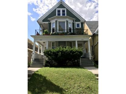 2707 N Oakland Ave  Milwaukee, WI MLS# 1707908