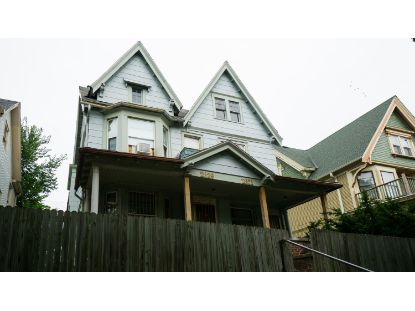 2829 W Juneau Ave  Milwaukee, WI MLS# 1708036
