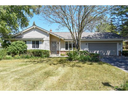 12618 N Yvonne Dr  Mequon, WI MLS# 1708675