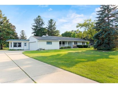 13315 W Lincoln Rd  New Berlin, WI MLS# 1708680