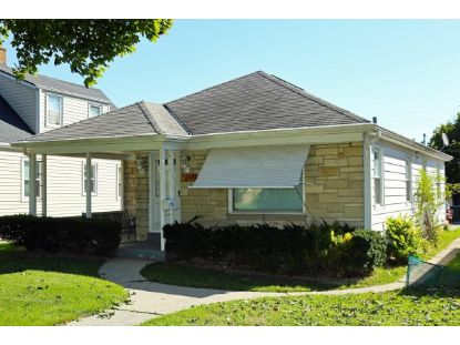 2950 S 39th St  Milwaukee, WI MLS# 1708964