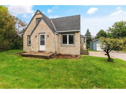 4050 S Moorland Rd  New Berlin, WI MLS# 1709076