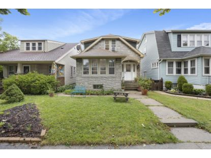 3157 S Taylor Ave  Milwaukee, WI MLS# 1709104