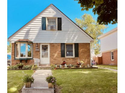 4832 W Fillmore Dr  Milwaukee, WI MLS# 1709178