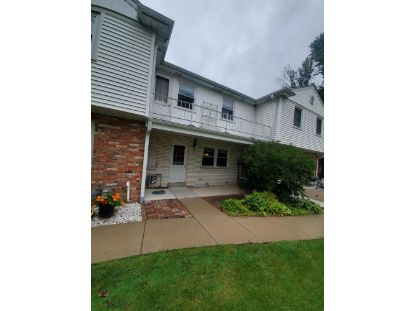 4935 W Colonial Ct  Greenfield, WI MLS# 1709231