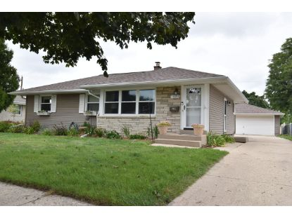 7820 W Ohio Ave  Milwaukee, WI MLS# 1709334