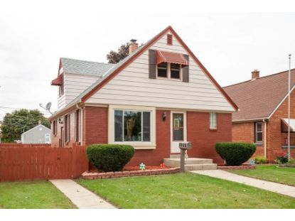 3255 S 23rd St  Milwaukee, WI MLS# 1709462