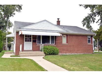 6800 W Kinnickinnic River Pkwy  Milwaukee, WI MLS# 1709483