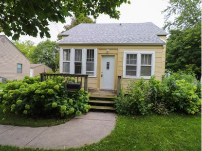 1914 Washington AVE  Sheboygan, WI MLS# 1709640