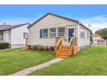 3818 S 17th St  Milwaukee, WI MLS# 1709759