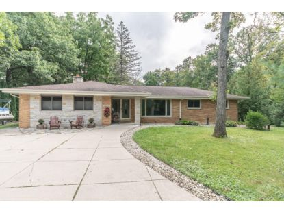 W203S10386 N Shore Dr  Muskego, WI MLS# 1709844