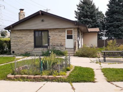 945 W Waterford Ave  Milwaukee, WI MLS# 1710227