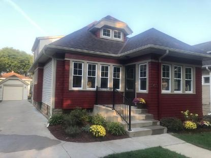 2423 N 68th St  Wauwatosa, WI MLS# 1710982