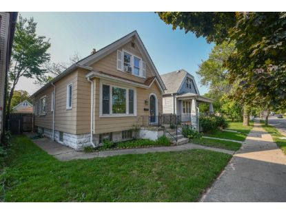 2633 S 9th Pl  Milwaukee, WI MLS# 1711056