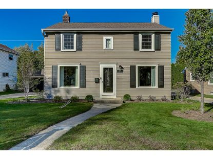 2553 N 93rd St  Wauwatosa, WI MLS# 1711368