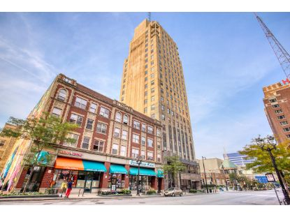 606 W Wisconsin Ave  Milwaukee, WI MLS# 1711539