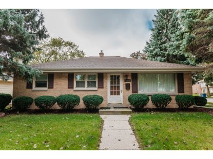 7829 W Verona Ct  Milwaukee, WI MLS# 1711542