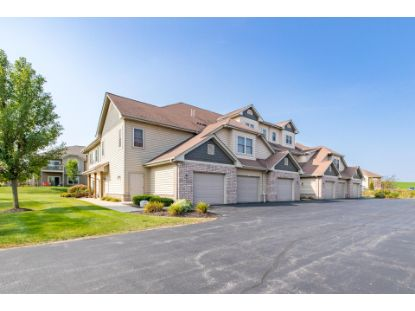 1673 New Port Vista Dr  Grafton, WI MLS# 1711901