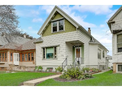 2924 W Hayes Ave  Milwaukee, WI MLS# 1711930