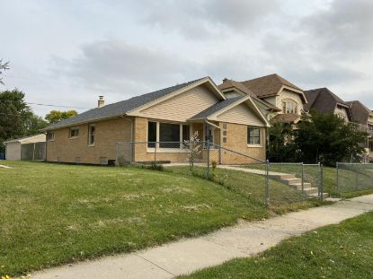 4430 N 37th ST  Milwaukee, WI MLS# 1711953