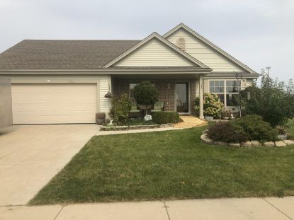 412 Big Bend Way  Hartford, WI MLS# 1712060
