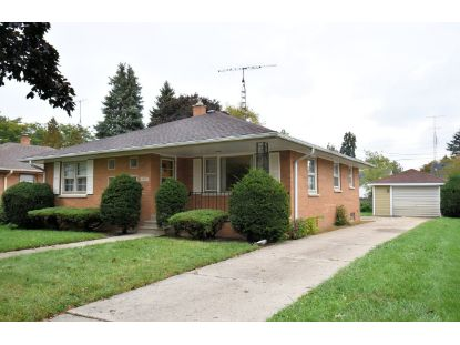5515 38th Ave  Kenosha, WI MLS# 1712243