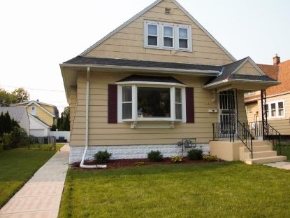 6515 W Moltke Ave  Milwaukee, WI MLS# 1712739